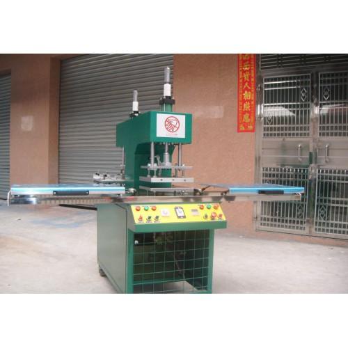 双头植胶机-- 东莞市运鑫机械制造有限公司