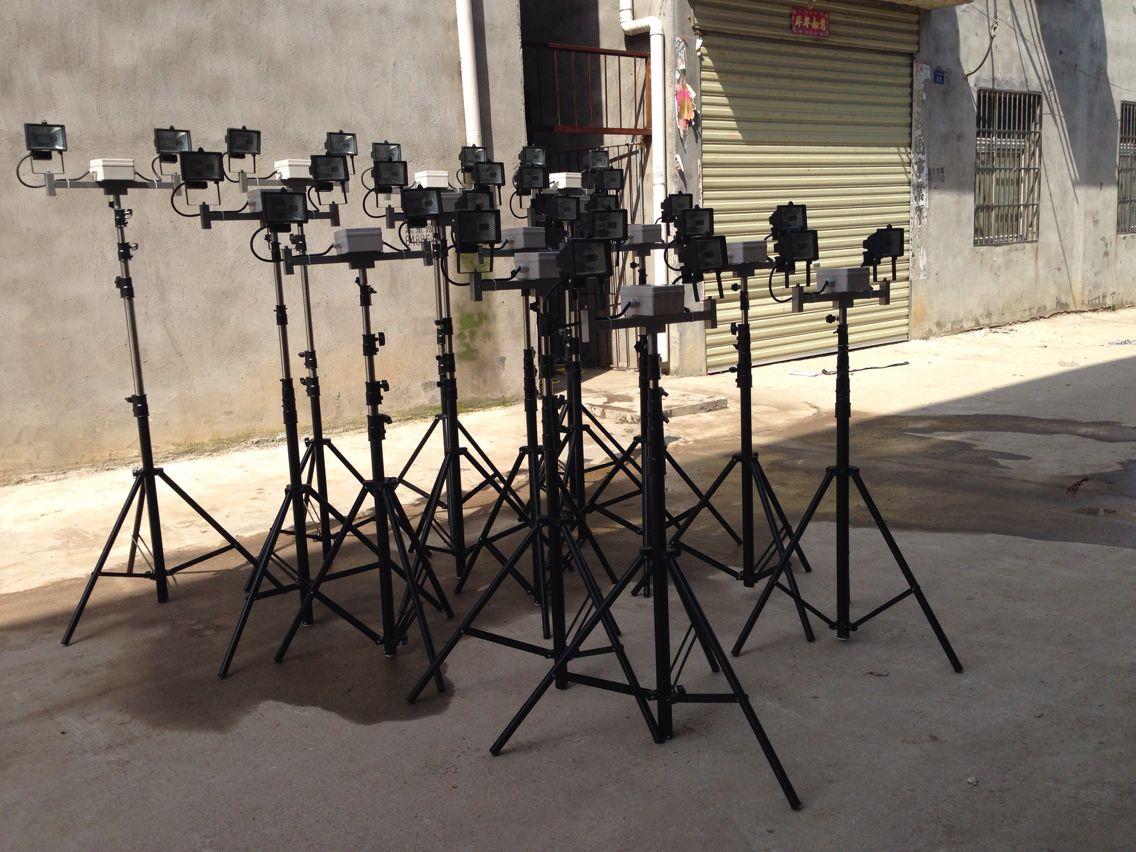 便携式支架泛光灯丨三角支架升降工作灯-- 武汉远迪照明电器制造有限公司