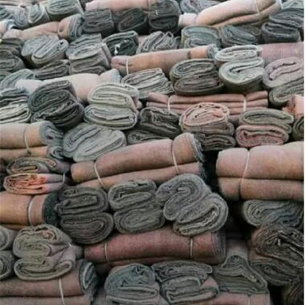 毛毡被-- 岩棉被生产厂家